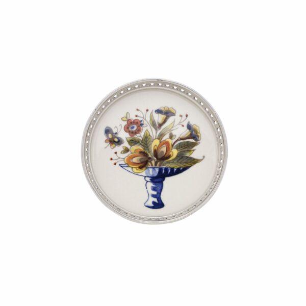 Coaster flower with tin border
