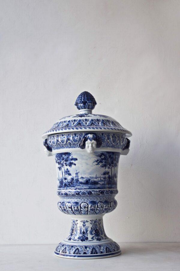 Satyr vase landscape